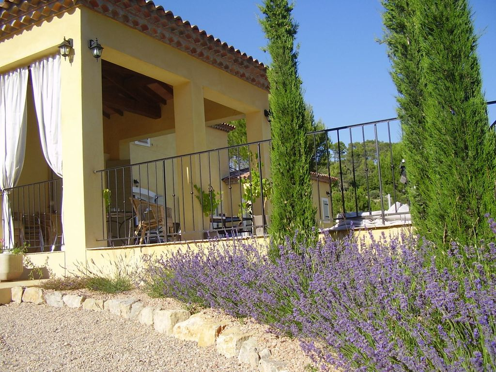 Peaceful house, with terrace , Cotignac, Provence and Cote d