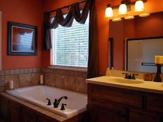 Branson house photo - Master bath with jetted tub, dual sinks, and seperate shower