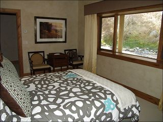 Beaver Creek house photo - Fourth Bedroom Features a Queen Bed and Private Bath