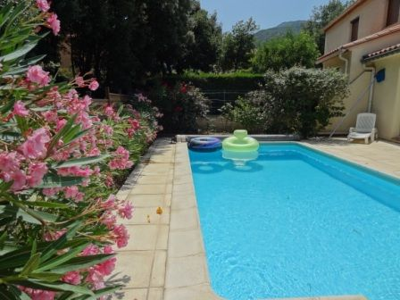 House, 120 square meters, with pool