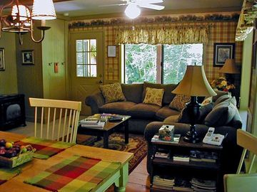 Sedona cottage rental - Sedona Hideaway with Charming Country Decor