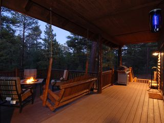 Show Low cabin photo - Oversized Patio