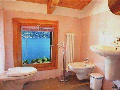 Menaggio apartment rental - Le Vele Terrazzo ~ Two modern bathrooms complement this spacious holiday home