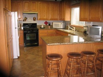 Crestline house rental - Fully Equipped Large Modern Kitchen With Granite Counter Tops