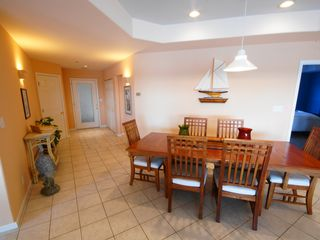 Lake Ozark condo photo - The oversized Dining Table is great for those big meals or playing cards