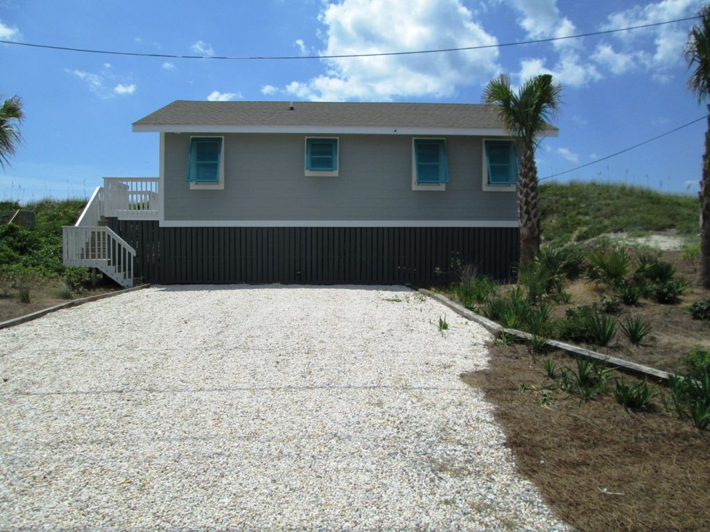 Amazing ocean front cottage vrbo for Beach front cottage