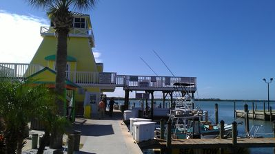 Stump Pass Marina / Tiki Bar
