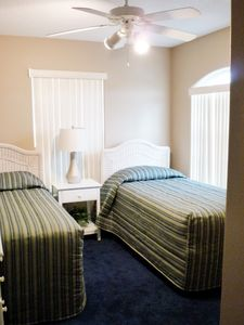 Orlando villa rental - Twin Room