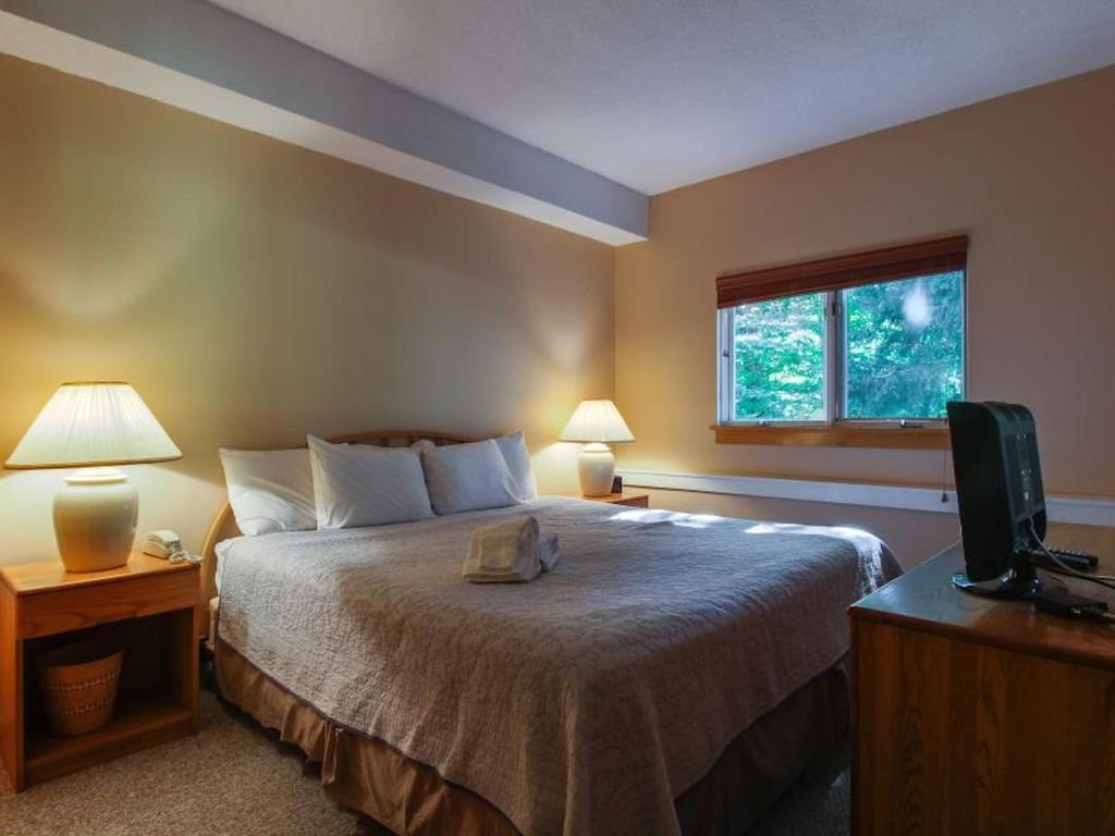 Spa Bedroom Spa Living The Woods Two Bedroom Townhouse Free Pool Full