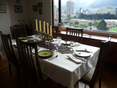 Have an Enjoyable Dinner w/ a remarkable View!