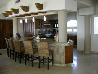 Tankah villa photo - Large Kitchen with Seating for 5 and New Stainless Appliances