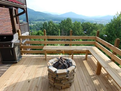 Stacked Stone Gas Fire Pit, Gas Grill and Awesome 30 Mile View of the Smokies!