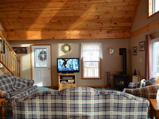 Conway house photo - Living room with 42' flat screen TV and gas fireplace