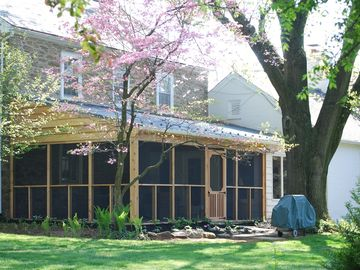 Screened porch - new spring 2012 - perfect for relaxing & reminiscing