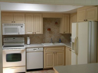 kitchen in 3br side