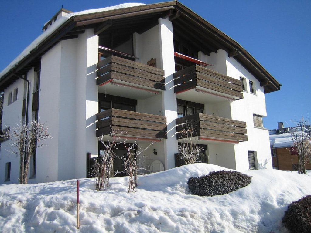 Holiday apartment, 65 square meters , Falera, Switzerland