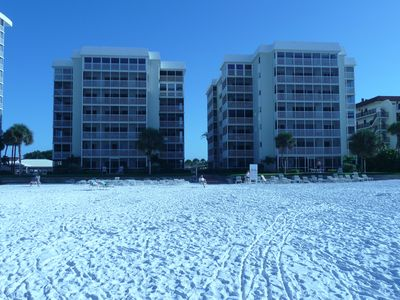 The beautiful Crescent Arms Towers, Crescent Arms, Siesta Key Condominium