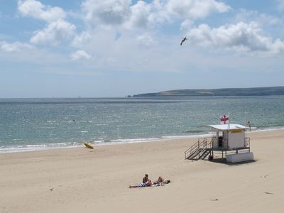 A sunny & relaxing haven on the Sandbanks Peninsula
