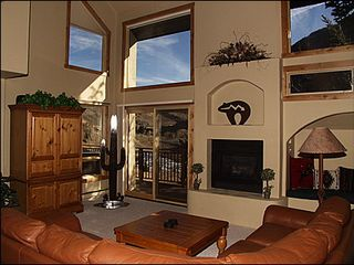 Vail townhome photo - Spacious Living Area - TV, Gas Fireplace, Spectacular Views