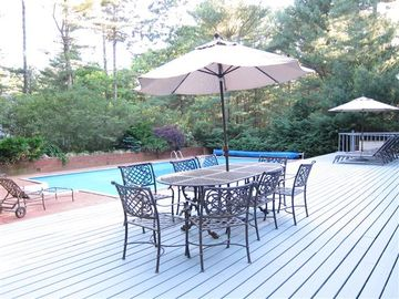 Large wood/brick deck with seating for 8