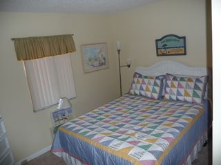 St. Augustine Beach condo photo - Charming 2nd bedroom with tv dvd player