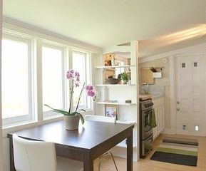 San Francisco house photo - .Eat in area next to kitchen. Bright and sunny and clean!