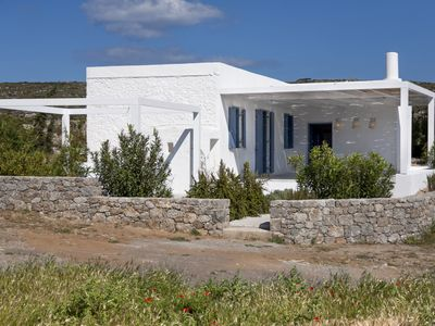 Fully Equipped Renovated House By The Sea