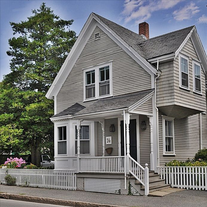 Nantucket Town house rental - Front of house on Pleasant St