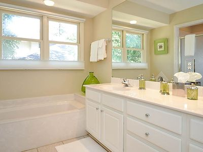 Second master bath with double vanity, tub