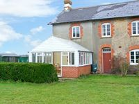 DOWNSIDE, pet friendly, with a garden in Mosterton, Ref 2896