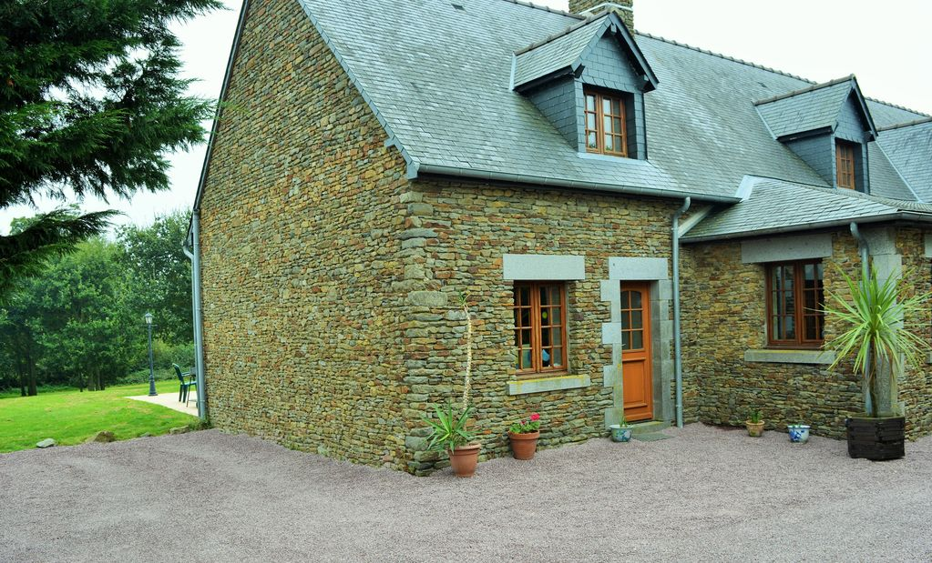 Accommodation near the beach, 35 square meters, , Vergoncey, Basse-Normandie