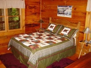 Maggie Valley cabin photo - Master Bedroom on the first floor