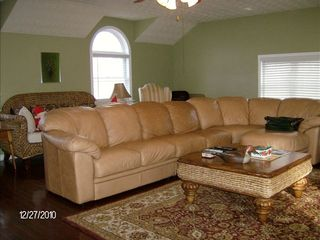 Fairburn estate photo - Family room - sectional sofa