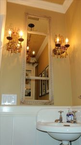 Main Level, Powder Room (1/2 bath)