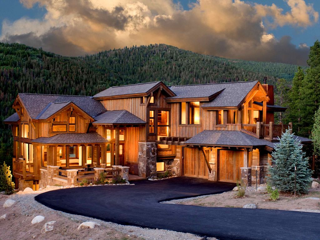 Luxury mountain home available for vrbo for Mtn house