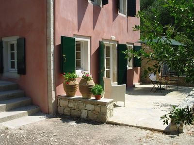 Beautifully Restored Traditional Villa/Studio. Large Gardens.Terraces,Sea Views