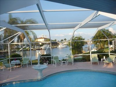Yatch club quiet neighborhood with boat, heated pool,sun all day. Paradise found