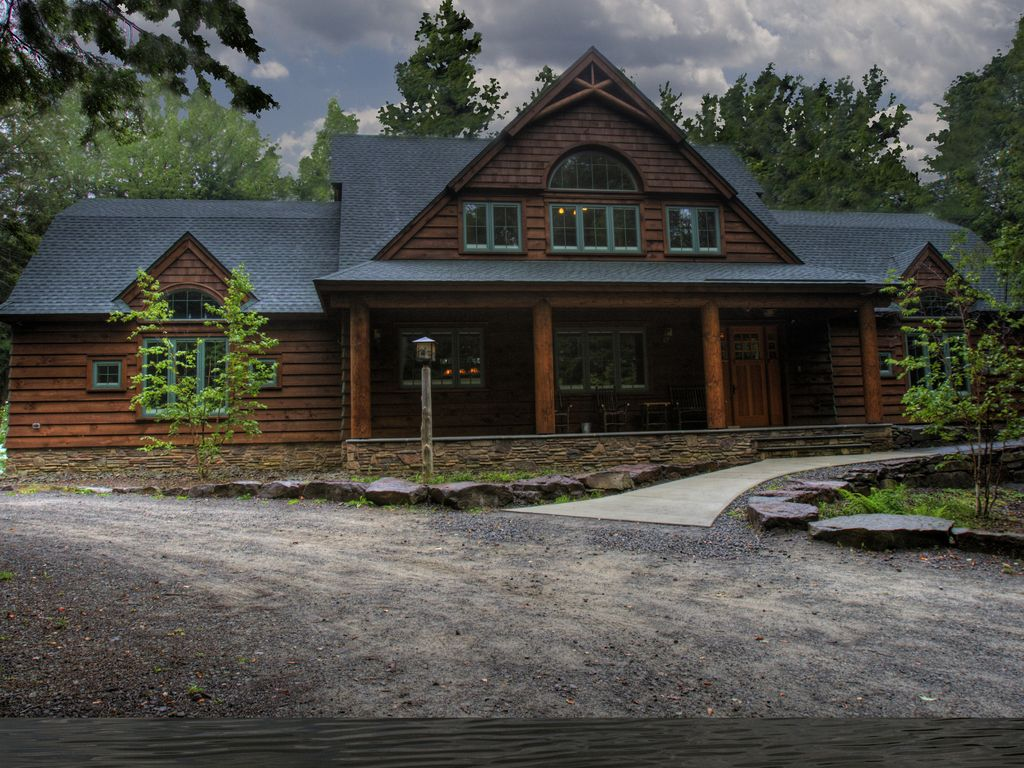 Rustic Cabin With Elegance On 100 Acres With Vrbo