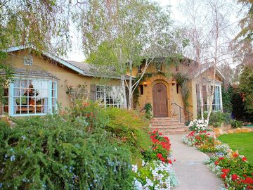 Santa Barbara house rental - Beautiful Garden Entrance - We have a beautiful garden entrance to our unique Montecito home