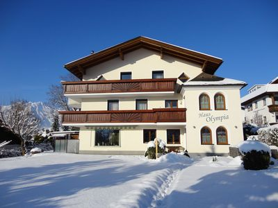 Winter Holiday in the House Olympia - skiing, ski tours, tobogganing, snowmen...