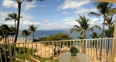 Lanai Views to Molokini, hear and see the surf as it washes up to the beach