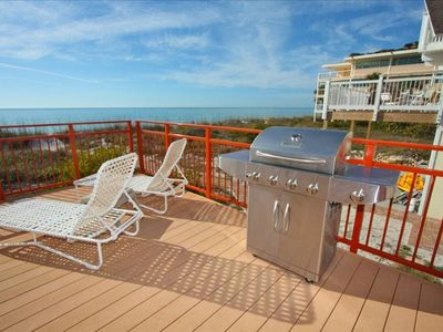 Grill out overlooking the Gulf of Mexico. Plenty of lounging space.