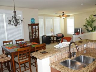 Galveston cottage photo - Large spacious living area with dining and sitting area