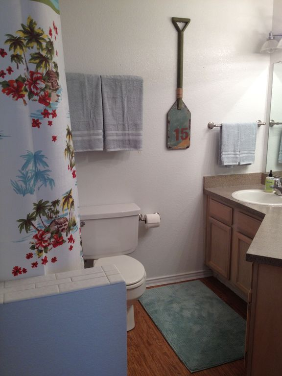 Full bath with a tub/shower. Stocked full of towels for your vacation.
