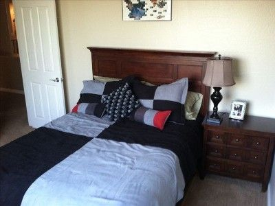 Queen bedroom. Bedrooms: King, King, Queen, Full, 2 Fulls & 2 Queen Slee