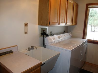 Full size laundry located on main level.  Linens and bath towels provided.