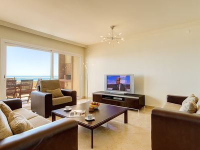 Estepona Port & Town apartment rental - LOUNGE AREA PENTHOUSE E2