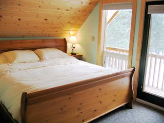 Mazama cabin photo - Second Floor Master Bedroom with Private Deck