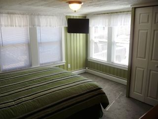 Old Orchard Beach house photo - Master Bedroom (Queen) with Flat screen TV