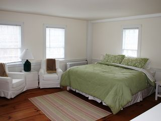 Master Bedroom - Arlington farmhouse vacation rental photo